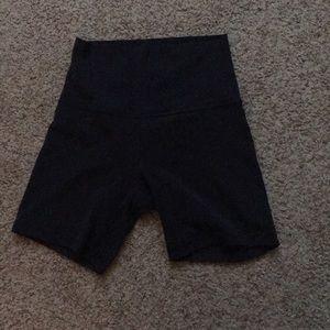 """Lululemon Align Shorts 4"""""""